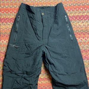VINTAGE BLACK NYLON LINED SNOW PANTS